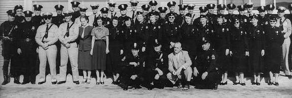 Old photo of Pasadena Police Department staff