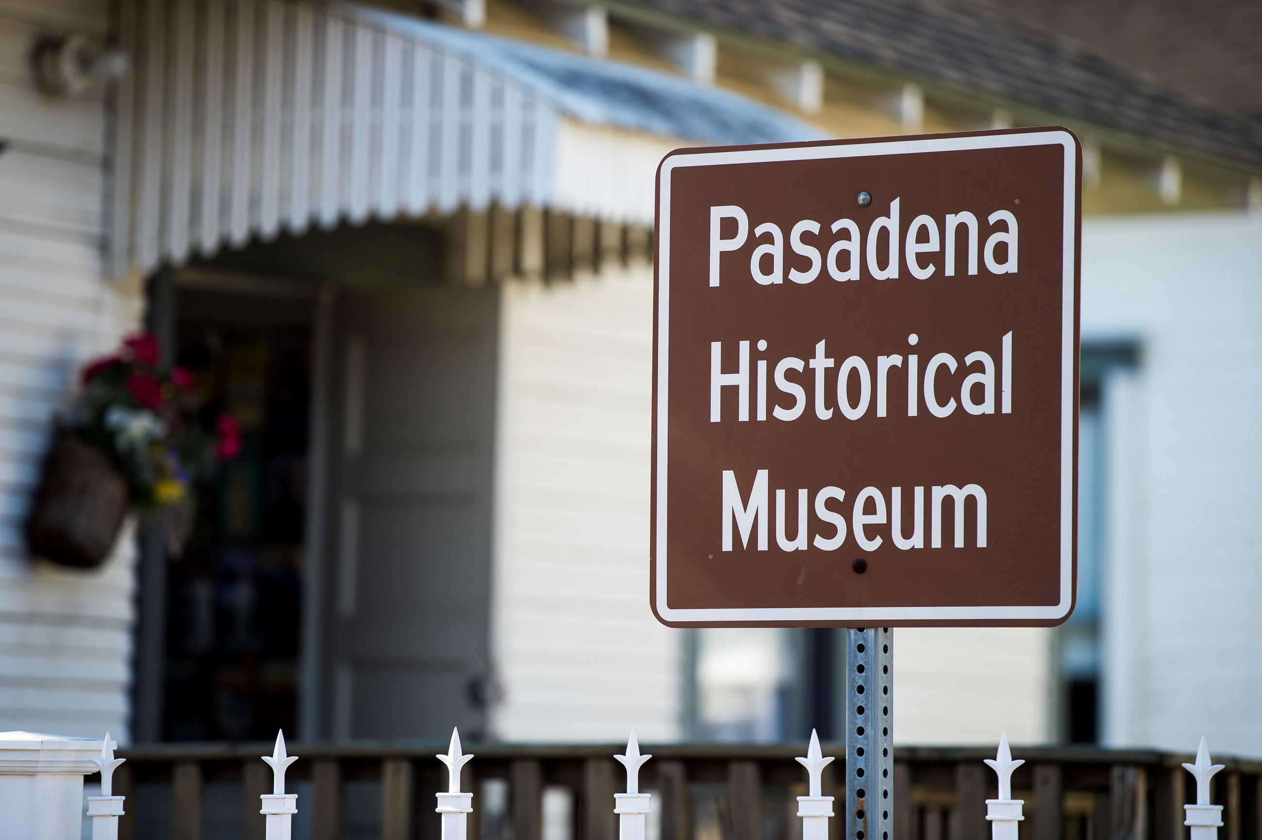 Sign for Pasadena Historical Museum